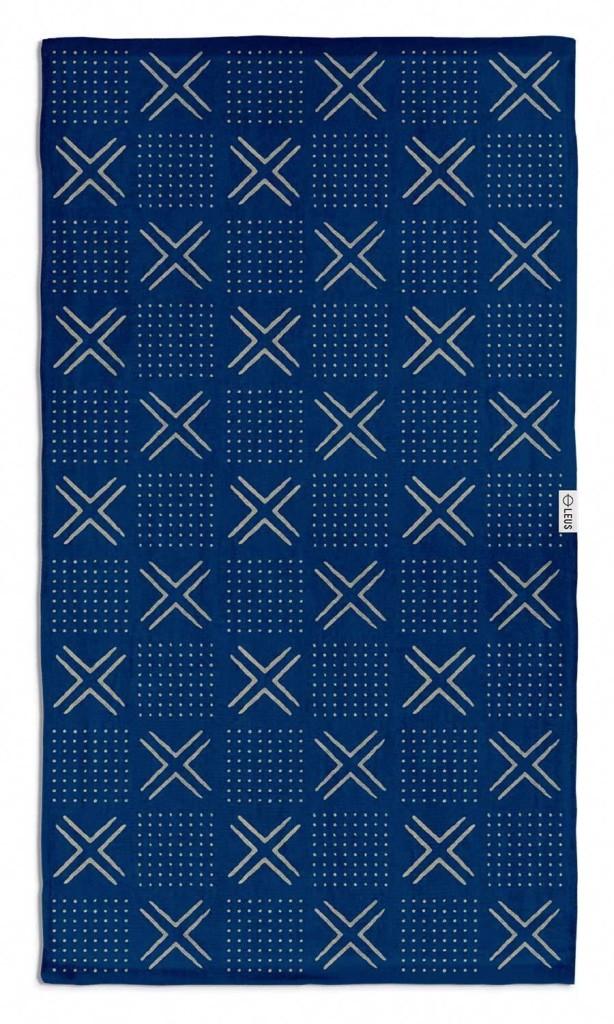 leus-indigo-mudcloth-towel